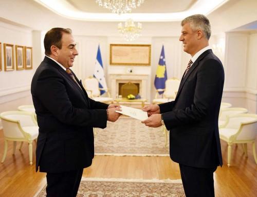 Embajador de Honduras presenta Cartas Credenciales ante el Presidente de Kosovo Pristina