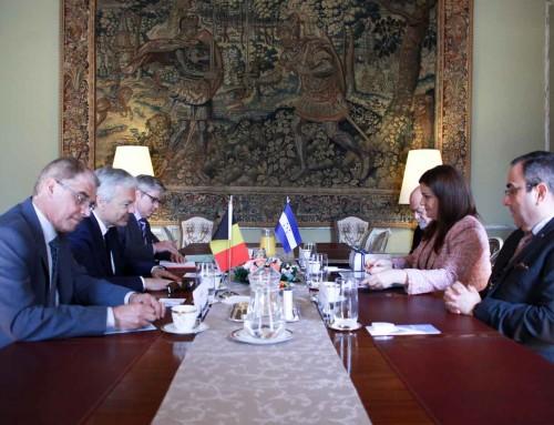 La Canciller Agüero Lara se reúne con el Viceprimer Ministro de Bélgica